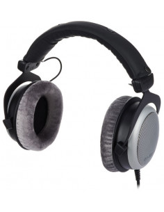 Beyer Dynamic DT880